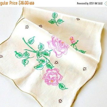 ON SALE Vintage Table Runner, Handmade Table Runner, Pink Roses, Hand Embroidered, Linen Table Runner, Vintage Dresser Scarf.