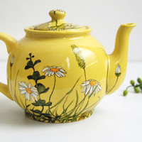 Yellow Teapot   Grass Fields and Daisies  ready to by yevgenia