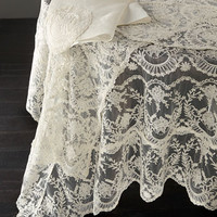 VP DESIGNS LTD Chantilly Lace Tablecloth, Runner, Placemat, & Napkin