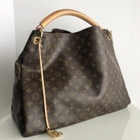 Authentic LOUIS VUITTON Monogram Artsy GM