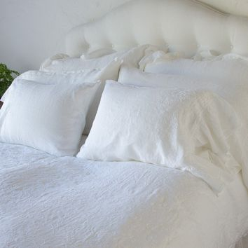 Gabriella Pillowcase with Linen Ruffle Pair  in WHITE (Set of 2)