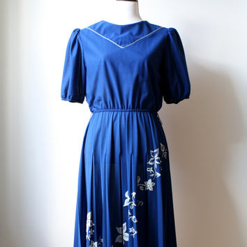 Black Friday Cyber Monday Vintage Blue Day Dress - Blue and White Floral Dress - Womens US M/L