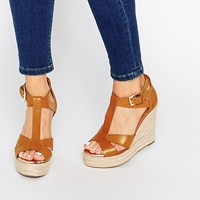 Pimkie Buckle Side Wedge Sandal