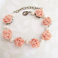 Dusty rose resin flower linked bracelet with freshwater pearls (Adjustable)