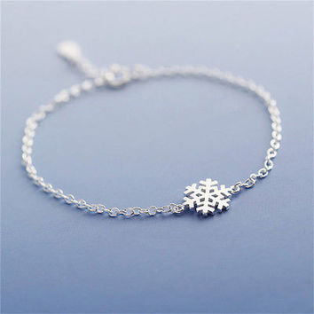 New Fashion Charm Women Girl Snowflake Shape Bangle Wrap Chain Bracelet HUCA