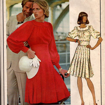 Vogue 1036 Designer Sewing Pattern 70s Emanuel Ungaro Cocktail Party Dress Semi Fitted Bodice Pleated Skirt Raglan Sleeves Uncut Bust 32