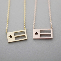 3D triangle necklace in gold / silver / pink gold
