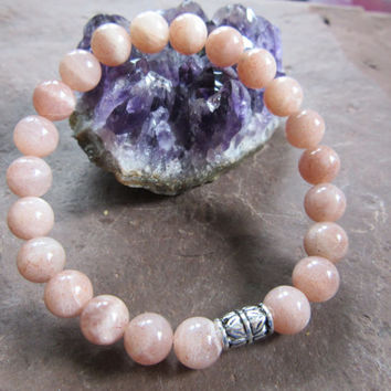 Feminine and intuition bracelet - handmade stretch bracelet natural chocolate peach moonstone 8mm Reiki infused JS
