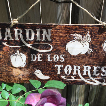 Garden Signs- Family Garden- Personalized sign- Custom sign-  Rustic  Garden Sign- Name Signs-Garden Decor