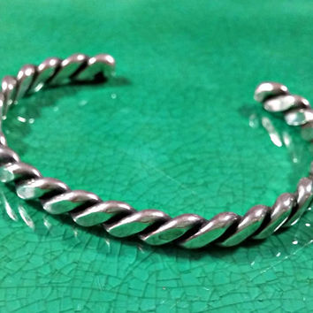 950 Silver Bracelet Cuff Twisted Ribbed Smooth Torc Bracelet Better Quality Silver High Sheen Shine Sturdy Durable Nice Quality Made Piece