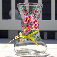 Small Glass Vase With Pink Wildflowers