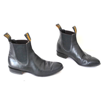 vintage R.M. WILLIAMS chelsea boots black leather CRAFTSMAN slip on pointy western ankle booties