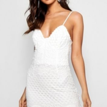 Petite Zoe Bustier Crochet Lace Bodycon Dress | Boohoo