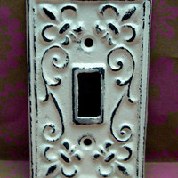 Fleur de lis Cast Iron Light Switch Plate Cover Single Wall Shabby Chic Distressed Rustic French Decor Creamy Off White ( Ecru)