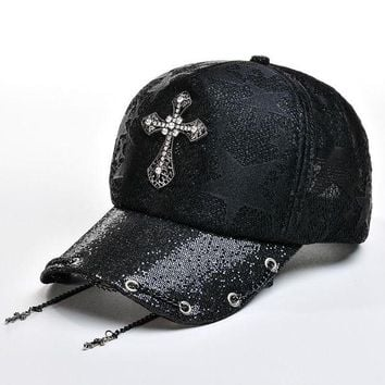 DCCKWJ7 Rhinestone Cross Baseball Caps for Women Outdoor Casual Sun Hats Hip Hop Lady Summer Sun Hat Adjustable Ventilate Gorras Chains