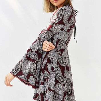 Ecote Sascha Bell Sleeve Red Dress - Urban Outfitters