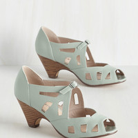 Window of the Sole Heel | Mod Retro Vintage Heels | ModCloth.com