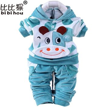 Cow baby boys clothing set children hoodies pants thicken winter autumn infant clothes boys girls sets christmas newborn clothes