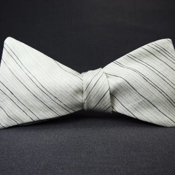 Ink on Parchment  Pin stripe bowtie, Grey stripe bowtie, Cream stripe bowtie, light grey mens, ink stripes, pale grey bowtie, soft grey