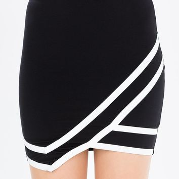 Sharp Contrast Origami Ponte Skirt