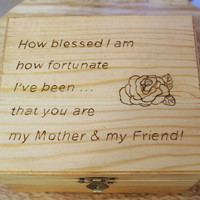 "Woodburned Wooden Box (6"" X 5"" X 3""); Wood burned Box; Custom Wood Box; Personalized Trinket Box; Memory Box; Gift for Mom; Mother's Day"