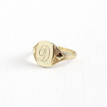 Vintage Art Deco 10k Yellow Gold Letter D Signet Ring - 1920s 1930s Size 4 1/4 Initial Monogrammed Personalized Script Fine Jewelry