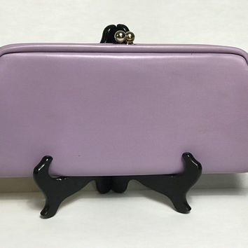 Pastel Lavender Leather Kiss Lock Clutch / Vtg 1960s Mid Century Mod Light Purple Evening Bag / Oversized Easter Springtime Clutch Handbag