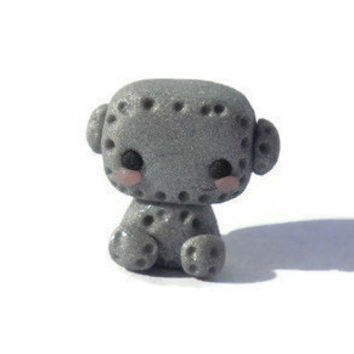 Tiny kawaii robot sculpture, miniature figurine, polymer clay, designer toy, manga, japanese, anime