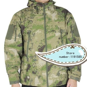 Men's Softshell Windbreaker Water repellent Jacket Outdoor Military Airsoft Hunting Camping Thermal Coat FG