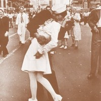 "V-J Day Kiss at Times Square 11"" X 14"" Sepia Poster"