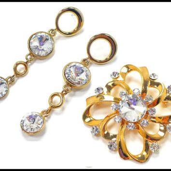 Vintage Rivoli Rhinestone Brooch & Earrings, Large Gold Brooch, Shoulder Dusters, Bridal Earrings Wedding Gown Sash, New Years Glam
