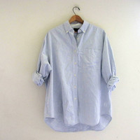 vintage blue and white pinstriped. button down shirt. oversized cotton shirt. womens size S