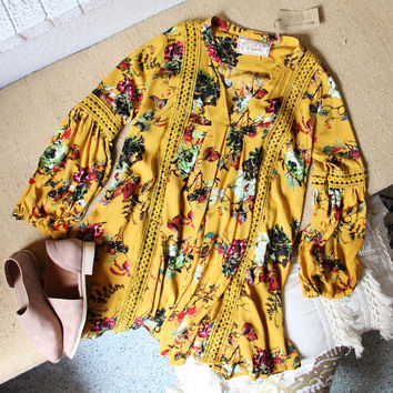 Gypsum Floral Tunic in Mustard