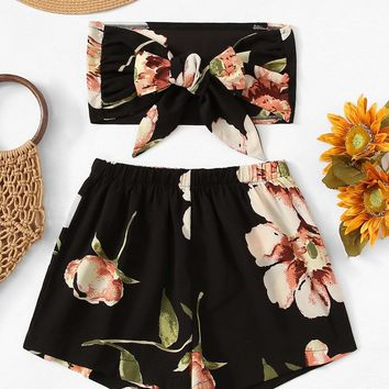 Floral Bow Tie Front Crop Top With Shorts