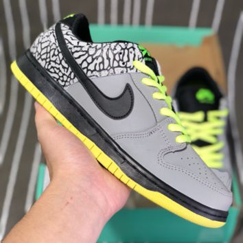 AUGUAU N589 Nike SB Dunk Low Leather Skate Shoes Grey Black Yellow