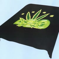 Leaf 420 Black Background 843 Queen Blanket - Free Shipping in the Continental US!