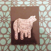Glitter livestock pendant featuring a Fat Steer/Heifer.