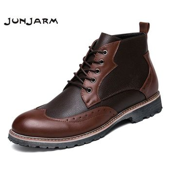 JUNJARM 2017 Men Boots Winter Men Ankle Boots Lace-Up Handmade Brogue Men Footwear British Style Microfiber Casual Male Shoes