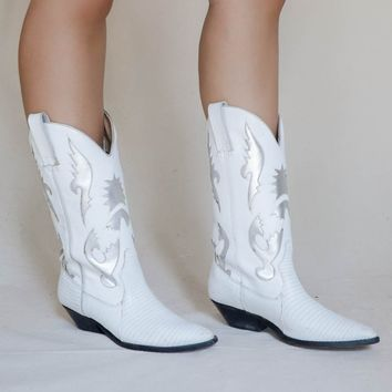 VINTAGE White Leather Western Boot