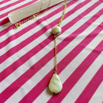 Erika Baroque Pearl Gold Necklace