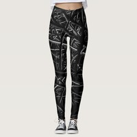 Monochrome black and white abstract pattern leggings