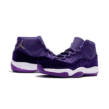 b1a4e94f927d53 Air Jordan Retro 11 Velvet Purple Flowers Pattern Basketball Sho