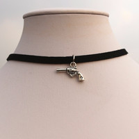 Fashion new 2016 Love Vintage Silver Plated Pistol Necklace Collares Bijoux For Women Jewelry Choker One Direction EXO K974
