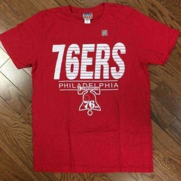 Mens Retro NBA Philadelphia 76ers Tee Shirt in Red