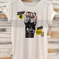 5sos eyes (5 seconds of summer) Cover _ Tank Top And Tshirt Men And Women Design By : PATUNGAN