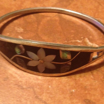 Vintage Alpaca Silver Bracelet Black with Abalone Mother of Pearl Flower Mexico