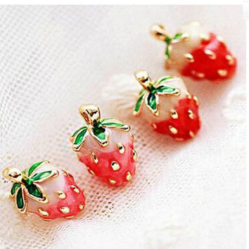 Cute Strawberry Jewelry Earrings Brincos Elegant Fashion Jewelry Fruit Stud Earrings