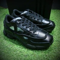 Best Online Sale Raf Simons x Adidas Consortium Ozweego 2 Retro Sport Running Shoes Black
