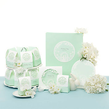 Roses in the Garden Wedding Collection Set (50 Invitations,50 Favor Boxes,10 Place Cards,1 Guest Book)