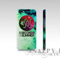 5SOS iPhone Hard Case available for iPhone 4, iPhone 5, Samsung S3 or Samsung S4.  Full printed high quality case.  5 seconds of summer